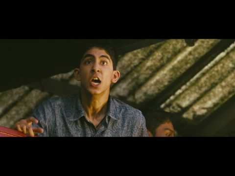 Slumdog Millionaire Slumdog Millionaire (Clip 'Latika at the Train Station')