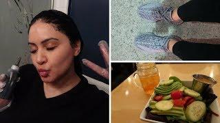 Vlogmas 19-22 - How I Dye My Hair, My First Yeezys, Best Salad Dressing