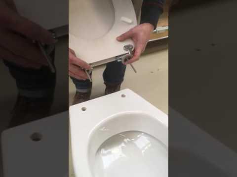 Montage Sanitop WC-Sitz, Absenkautomatik, Holzkern, Sanitop Venezia