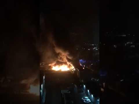 Incendio deposito camper