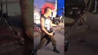 sick bastard en vivo en el chopo-cover de massacre 68 y uno de eskorbuto