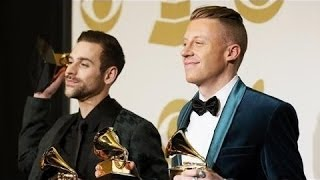 "Macklemore Feels He Robbed Kendrick Lamar Of The ""Best Rap Album Of The Year"" Grammy"