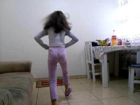 A menina elástica parte 1