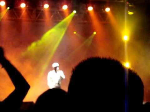 Levanta e Anda - Jah Live
