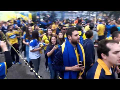 """""""Chegada dos Jogadores - Final Copa Luiz Fernando Costa - 22/10/2015"""" Barra: Unidos por uma Paixão • Club: Pelotas"""
