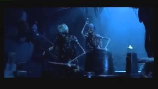 Piratas Del Caribe Esqueletos En La Perla Negra