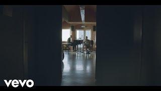 Ólafur Arnalds - Árbakkinn ft. Einar Georg