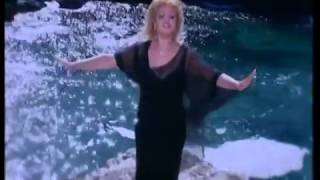 Selenay - Aşk Düştüğü Yeri Yakar