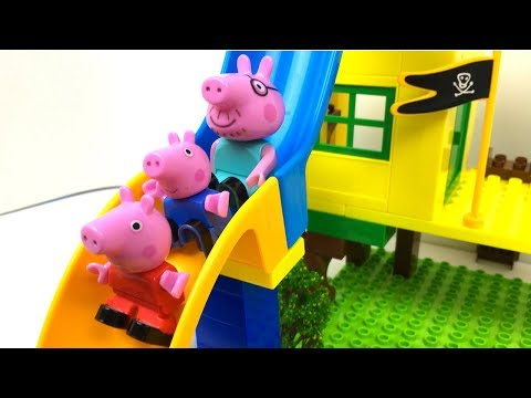 DOBLE DIVERSION CON DOBLE TOBOGAN EN EL JARDIN DE PEPPA PIG CON GEORGE MAMA PIG Y PAPA PIG