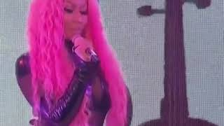 Dip (Tyga Ft Nicki Minaj) Live