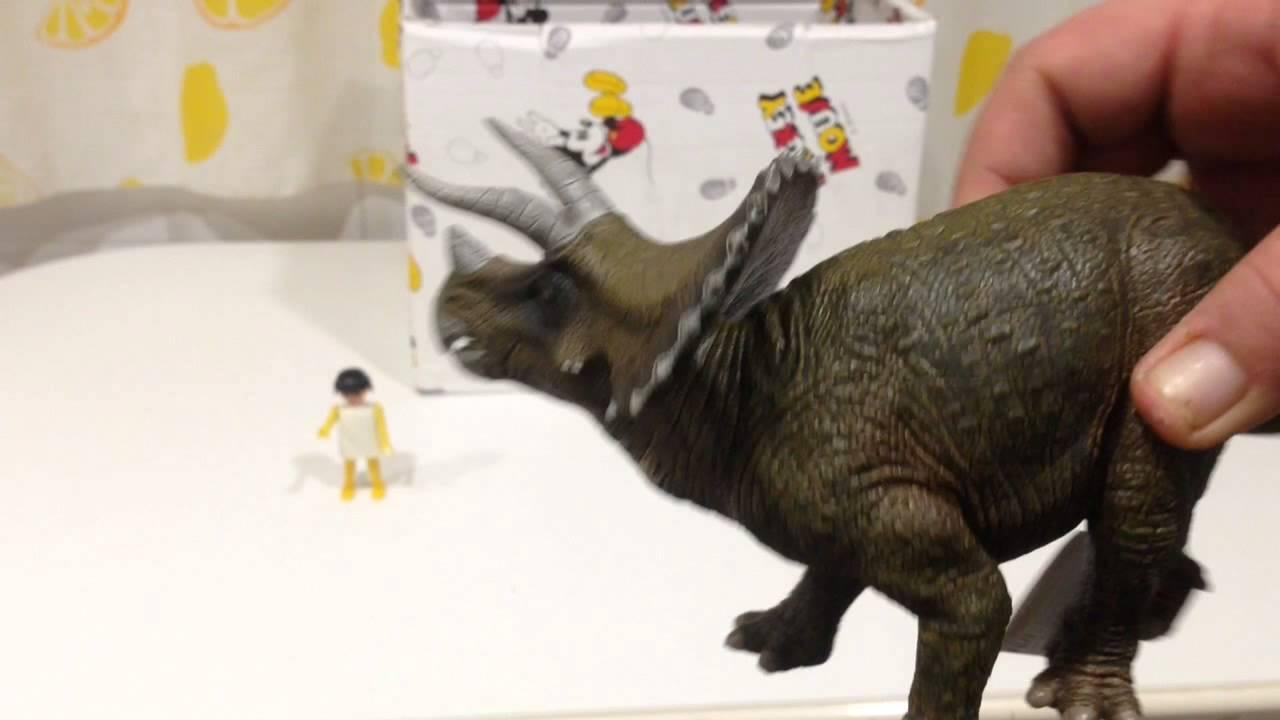 ¿Qué hay en la caja sorpresa?: personajes de Frozen, dinosaurios...