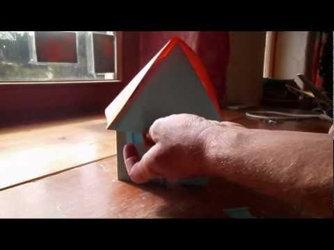 Haus aus Papier falten - basteln