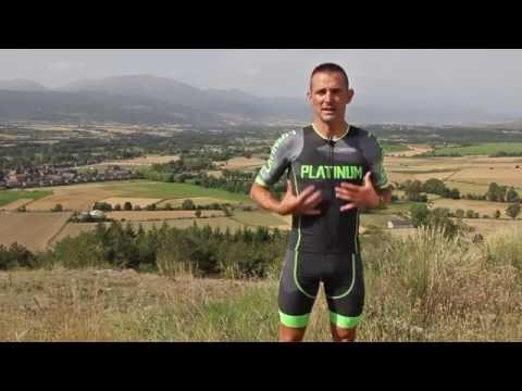 Victor del Corral nos explica que tipo de ropa de triatlón necesitamos para cada prueba v2