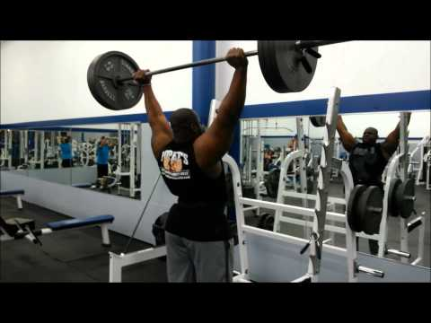 iron biby ``The 21 years old Monster`` , SHOULDER PRESS 315 pounds for 2 easy reps