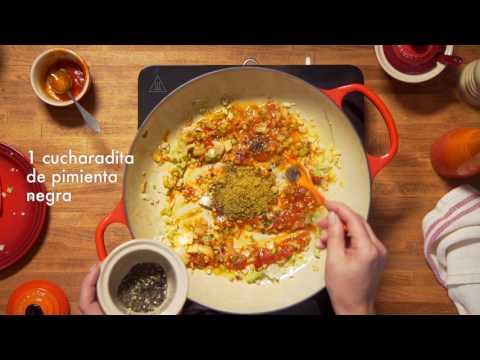 Recetas Le Creuset: Pollo al curry con crema de coco y arroz