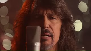 "Foreigner -  ""The Flame Still Burns"" (Official Video)"