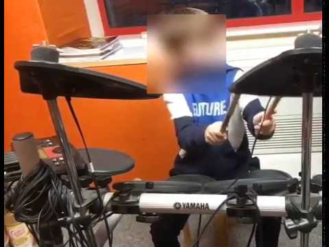 7 yr old Harvey playing to 'That Way' by The Backstreet Boys