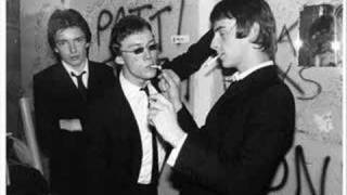 The Jam - Every Little Bit Hurts