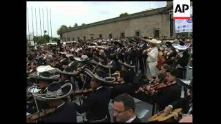 Musicians set world record for biggest mariachi band