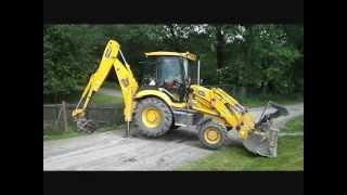 Bagr JCB 3CX - úprava zahrady