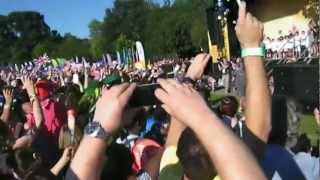 preview picture of video 'Olympic Torch Relay 2012 - Tooting Bec Common (London)'