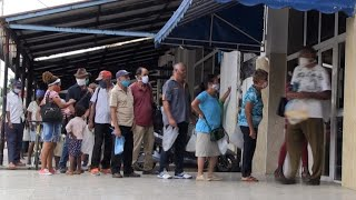 Queues and prices rises: Grappling with Cuba's currency changeover