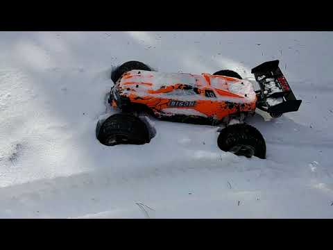 RC Cars In Snow