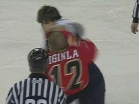 Ryan Kesler vs Jarome Iginla