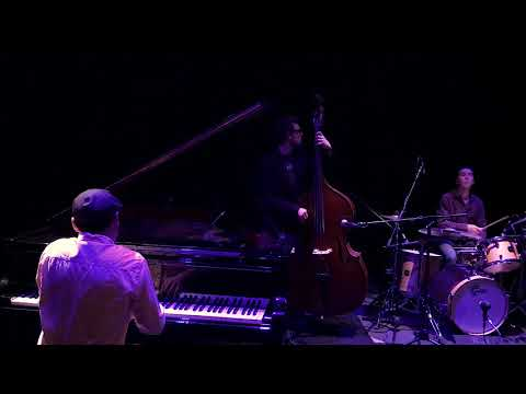 "Jazz Sparrow ""Smells like teen spirit"" Nirvana Jazz Cover"