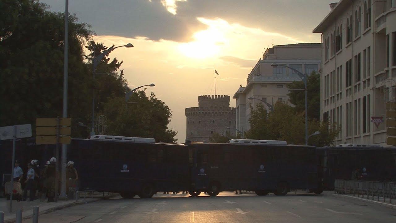 Κλειστή από κλούβες η πλατεία Χανθ