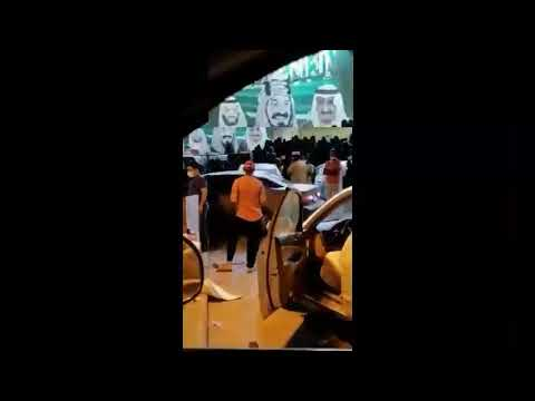 فيديو متداول.. تجمع وزحام أمام احد المحلات في صبيا