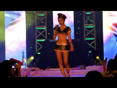 Xem lại Wanna - Kara lời việt được trình bày một cách thê thảm dưới tay Hot-girl sài thành Angela Phương Trinh
