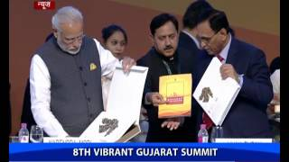 PM Modi Releases The Policy Booklet & Coffee Table Book At Vibrant Gujarat Global Summit 2017