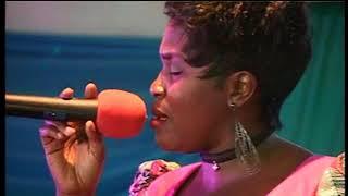 Tholiwe Nyirenda  -Umulopa (Acoustic Version 2016 at Mirrriam VoW Chama's Album Release Celebration)