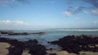 preview picture of video 'Mauritius Apartments - Tamarin Beach Apartments Mauritius - Walking away from TBAM 3'
