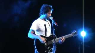 Atif Aslam Kuch Iss Tarah Live In New York.MPG