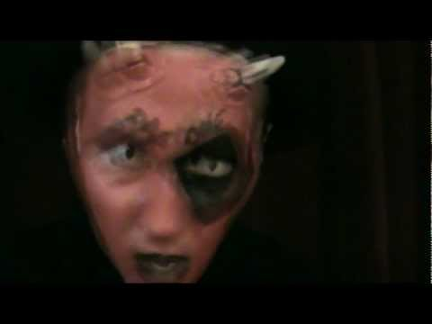 Horror Flick (AC MAC, DAE1 & PESHI LOAK)