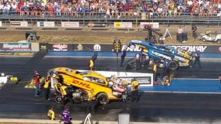 funny car NHRA Bandimere Speedway 2017