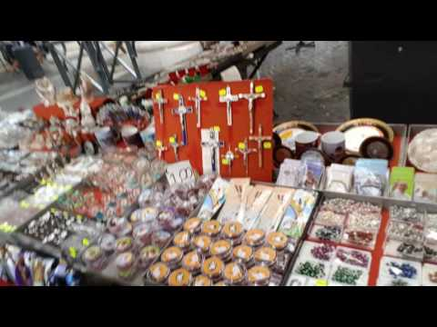 Video TYRONE ONEZA AT VATICAN CITY ROME ITALY (SOUVENIR STORE)