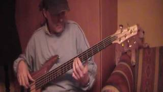 Alan Jackson: Laid back in low key. Bass-cover.