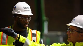 Warriors' Draymond Green tours new Chase Center