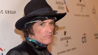 Rock Legend Joe Perry Collapses at Hollywood Vampires Concert in New York