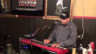 Flying Easy- Frank McComb @ Adinkra House 12.13.15