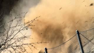 preview picture of video 'Vrané n. Vltavou -- Pád uvolněné horniny do bariéry'