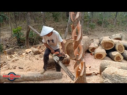 amazing sculpture using a chainsaw and blocks of wood by arienpeople holic