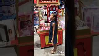 Мама я в Дубае/Клип