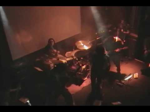 Tributo a Temple of the dog - Pushin' forward back (Lima - Peru 2006)