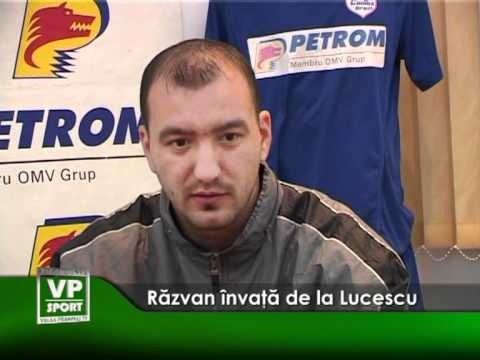Razvan invata de la Lucescu