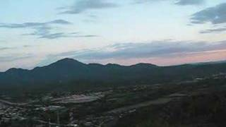 preview picture of video 'Atardeser Cerro De La Cruz, Magdalena De Kino'