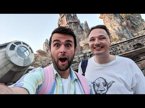 Walt Disney World Vlog | Day 2 | Star Wars: Galaxy's Edge |  October 2019 | Adam Hattan